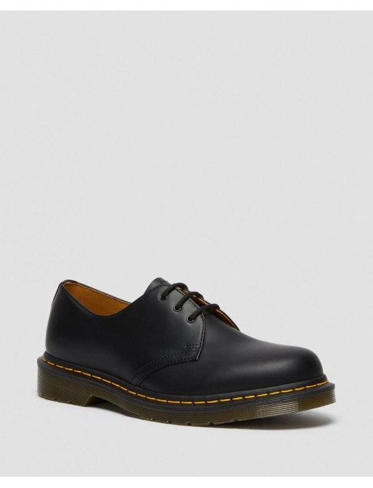 1461 BLACK SMOOTH DR. MARTENS